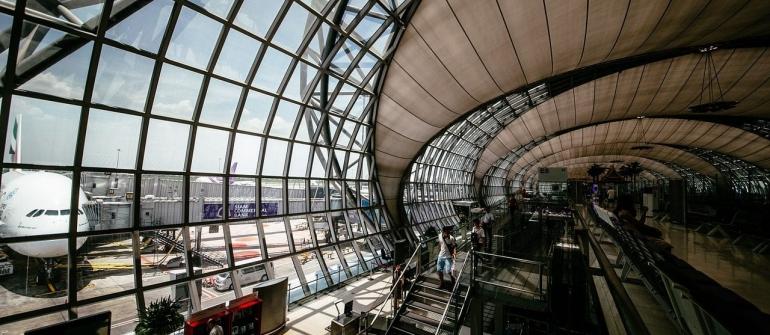 بارهای هوایی در بیشتر فرودگاه های اروپا رو به نزول است